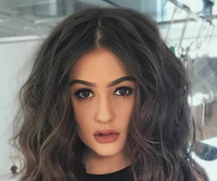 Holly H Wiki, Age, Real Name, Parents, Net worth, Nationality and Boyfriends